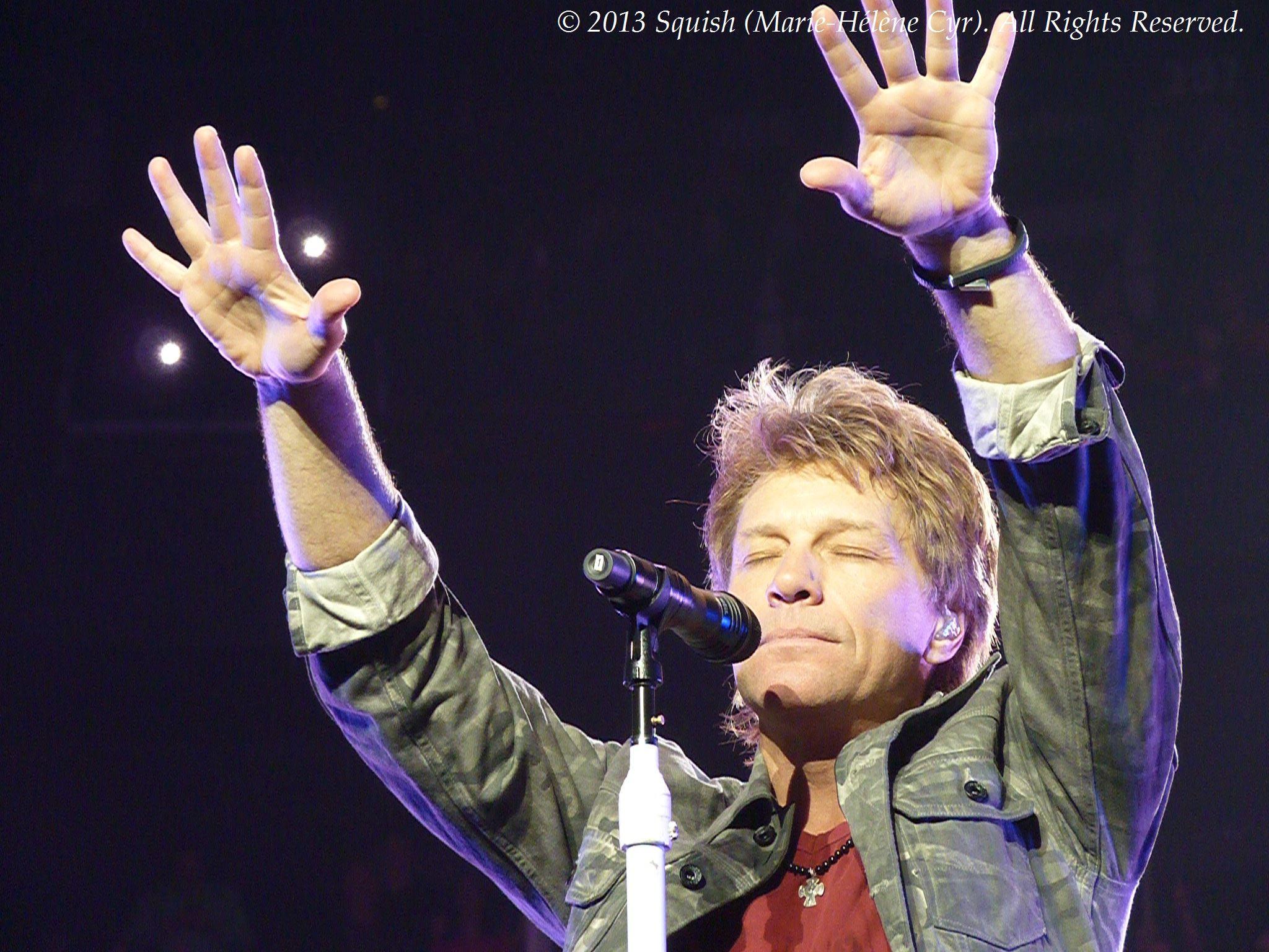 Bon Jovi - Bell Centre, Quebec, Canada (February 14, 2013)